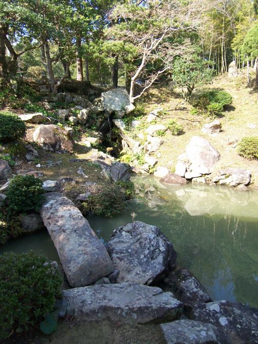 古庭園 滝組